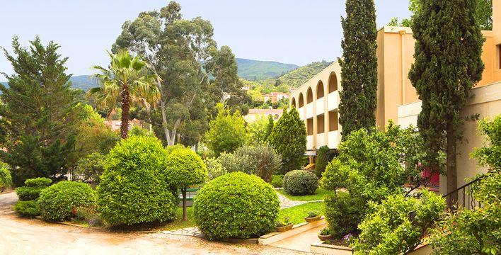 Hôtel Le Roussillon **