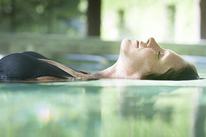 sophrorelaxation en bain de kaolin